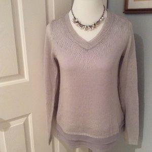 Mystree Pretty light gray sweater